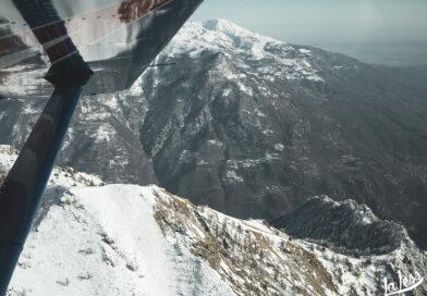 Un volo tra le montagne